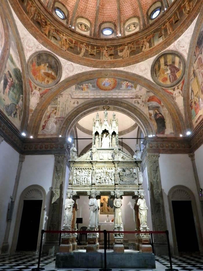 arca san pietro martire cappella portinari sant'eustorgio milano