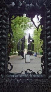 arte pubblica chicago statue millennum park chakaia booker