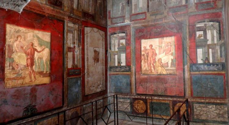 Pompei Casa dei Vettii affreschi Oecus